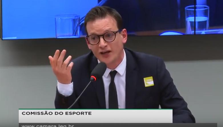 A discussão da lei que autoriza cassinos no Brasil